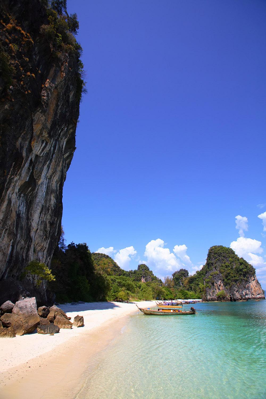 IG-A-Island-O_KoHong_002_1500px.jpg