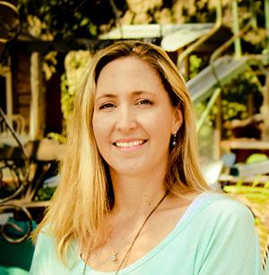 Stephanie-Palmer-headshot-1.jpg
