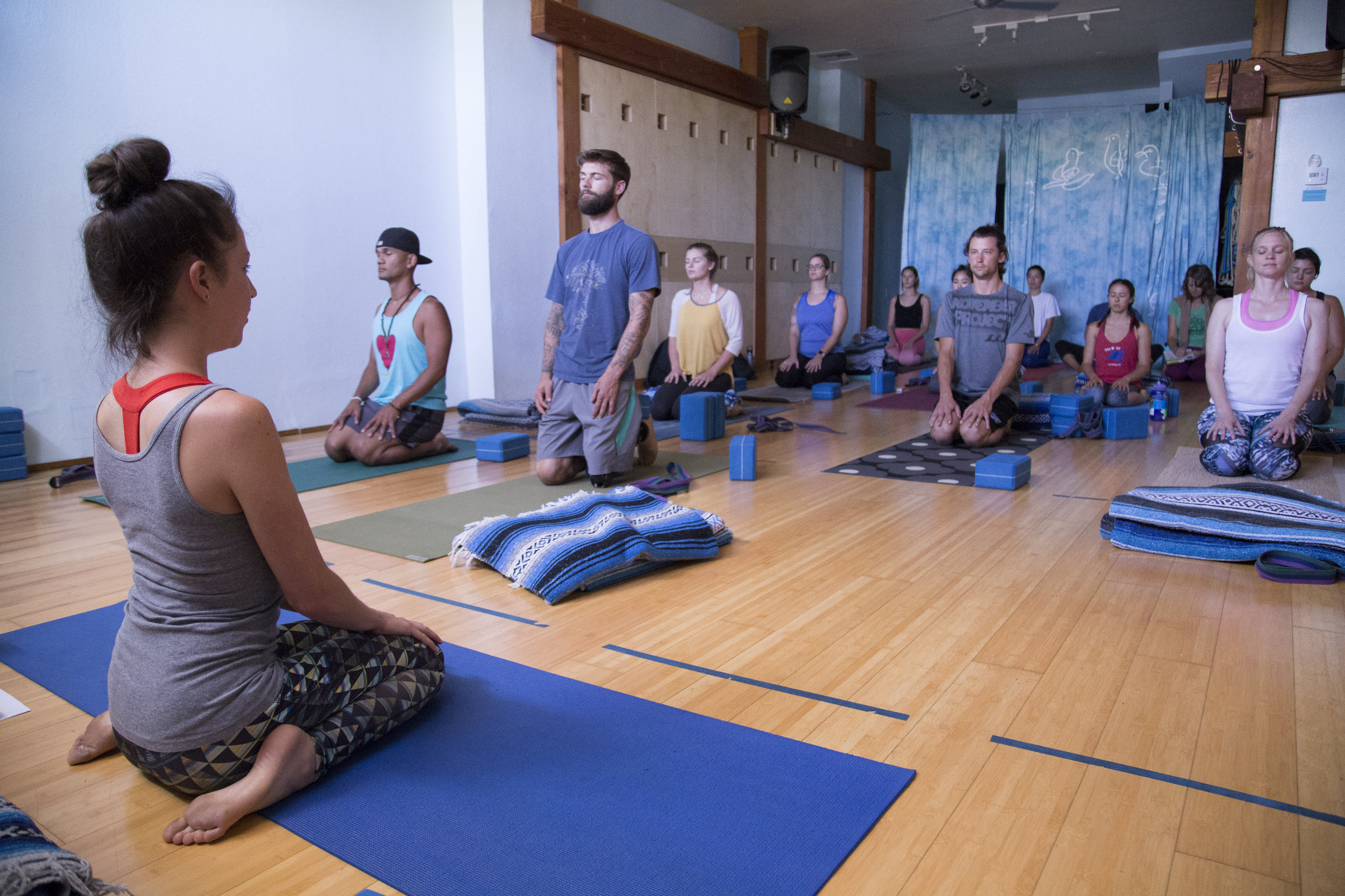 tips-copywriting-san-diego-yoga-teacher-allison-evelyn-gower