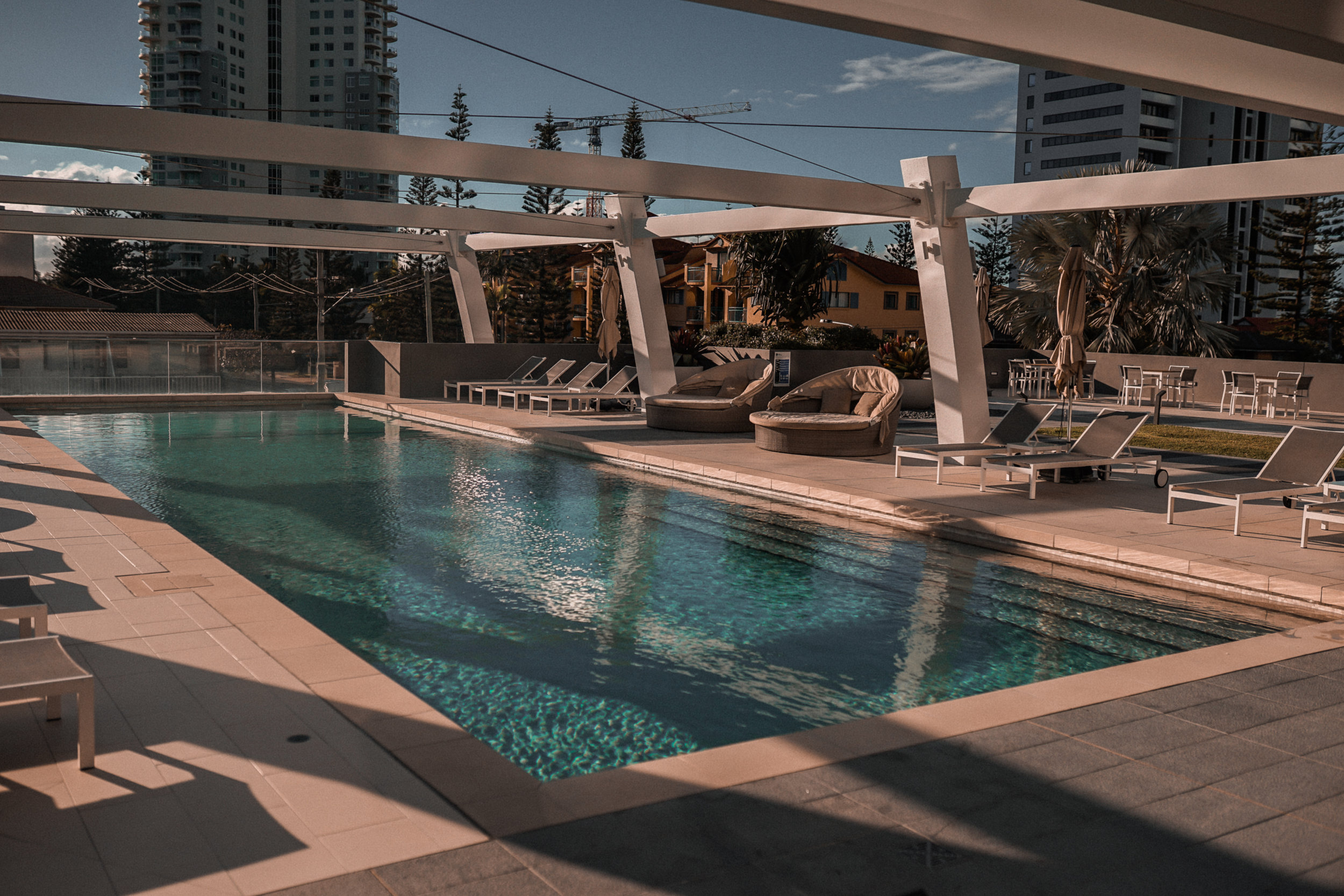 avani hotel broadbeach review