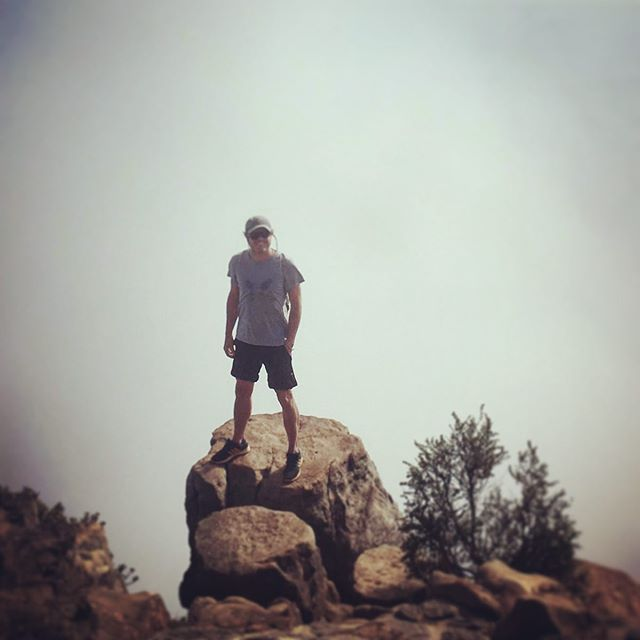 Caught in a cloud on top of the lion! Great way to cool down! . . #lionshead #hike #climb #capetown #inacloud #sundays