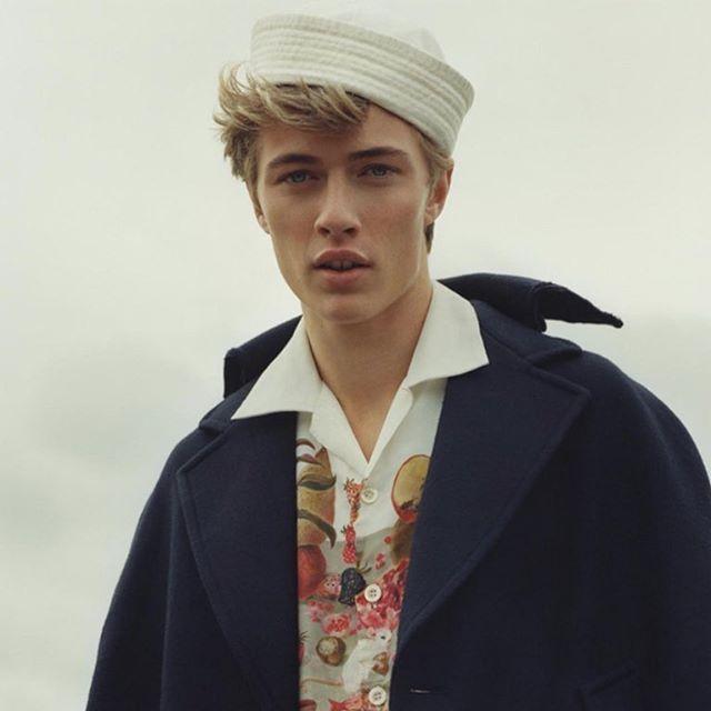 @luckybsmith in @Prada 👌🏻