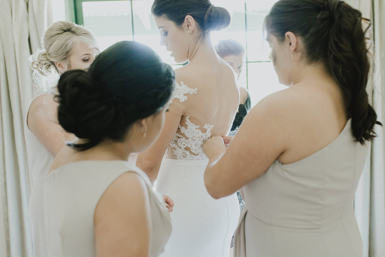 Bride Getting Ready / Pronovias from Marry Me Bridal/Fitters' Workshop Wedding Canberra : Photography by Jenny Wu Straight No Chaser Photography