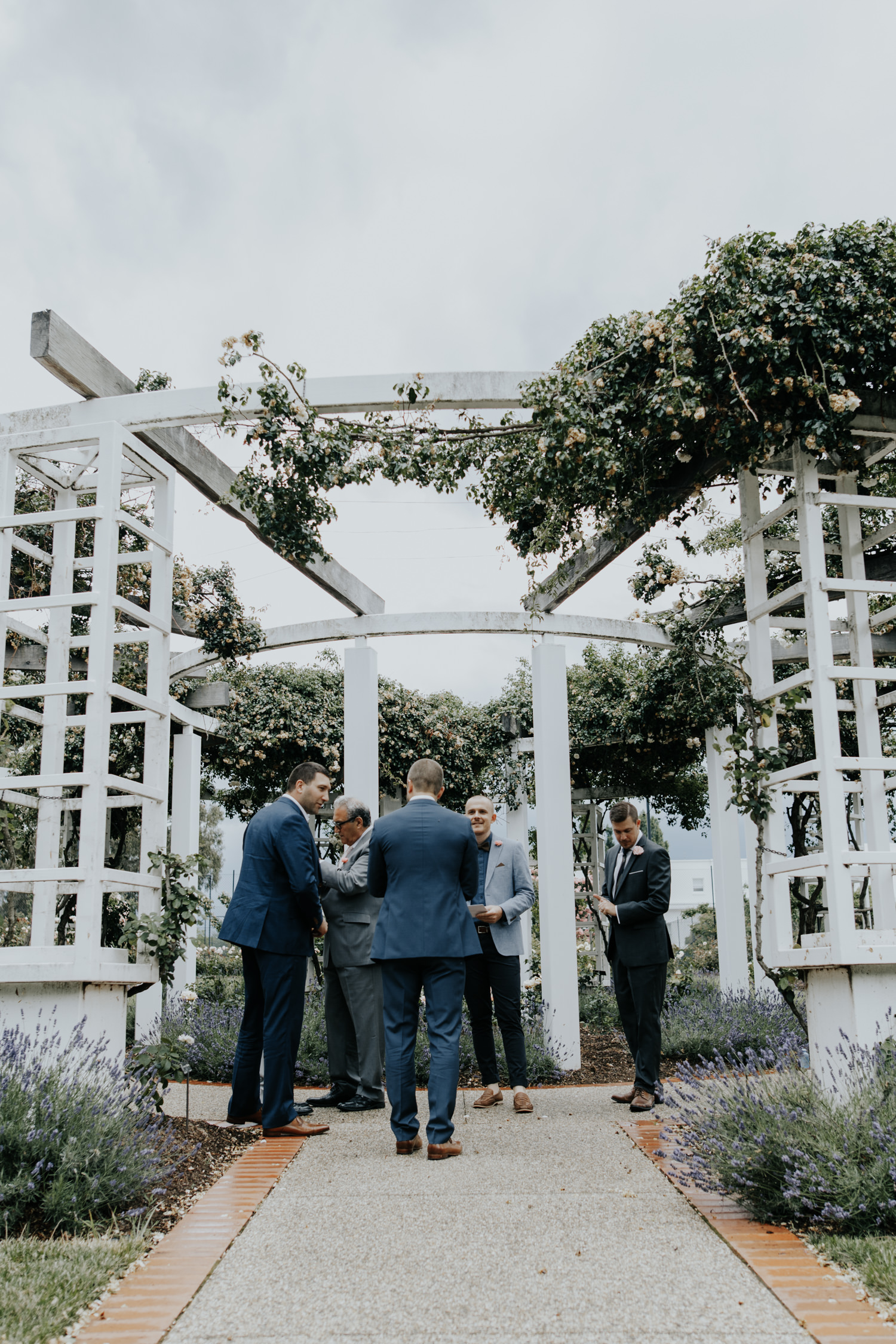 Senate Rose Gardens Wedding Canberra - Photography by Jenny Wu Straight No Chaser