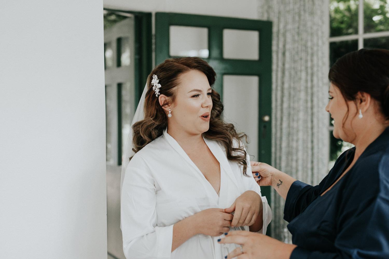 Bridal prep- Oaklands Barn South Coast Wedding Pambula- by Jenny Wu, Straight No Chaser Photography