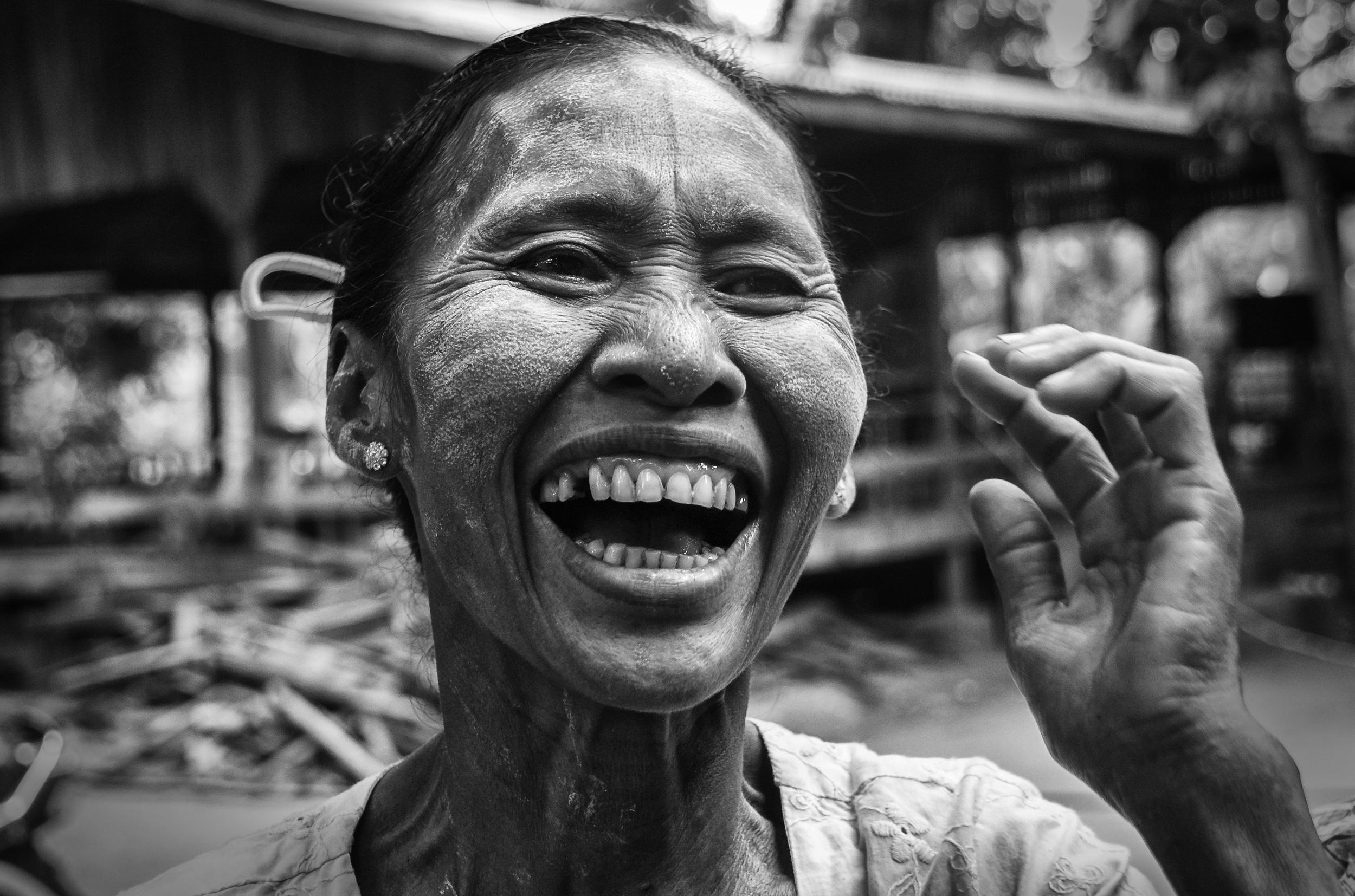 Bagan Lady Smile.jpg