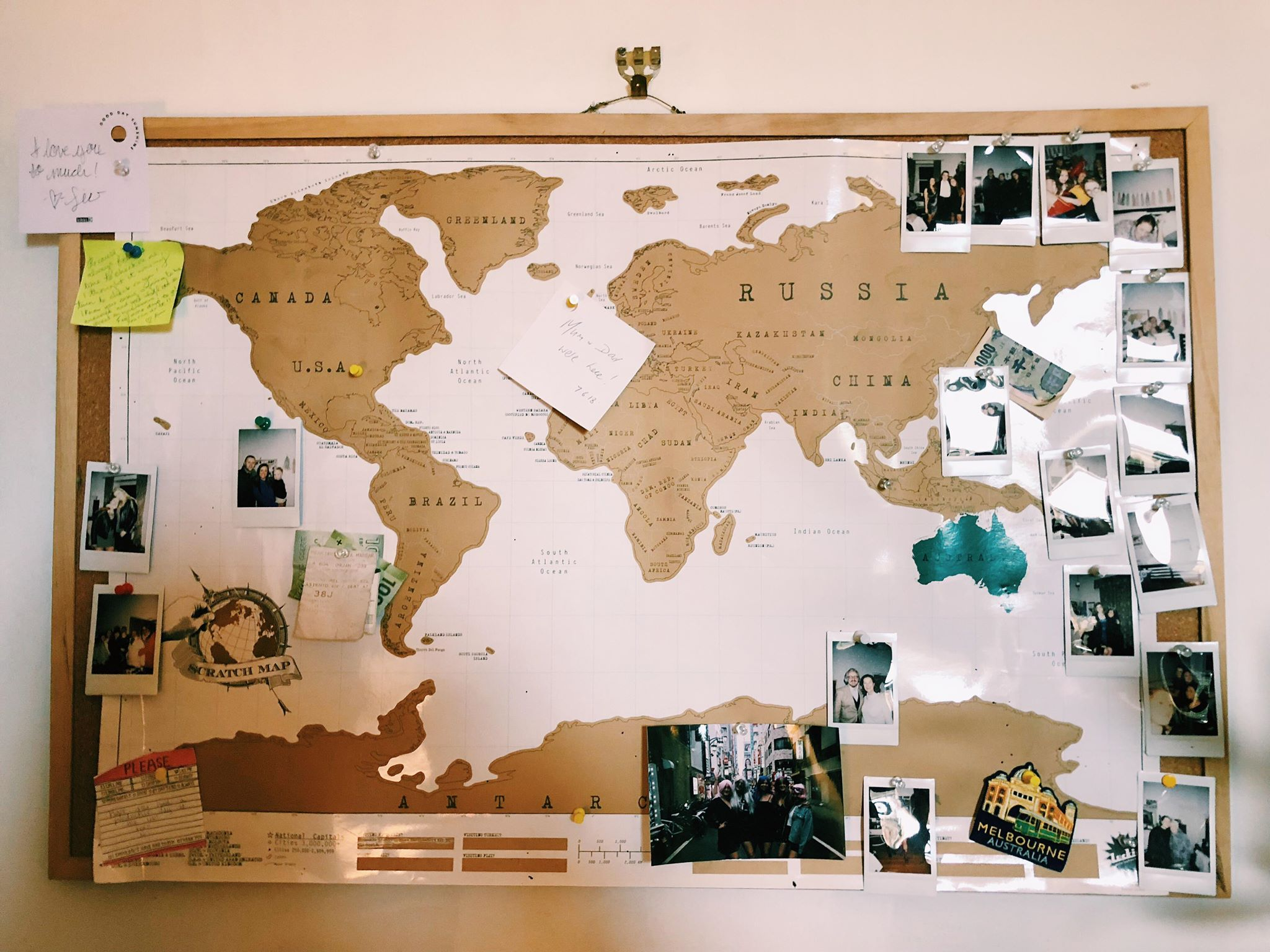 A world map which you can find in Sophia's room.