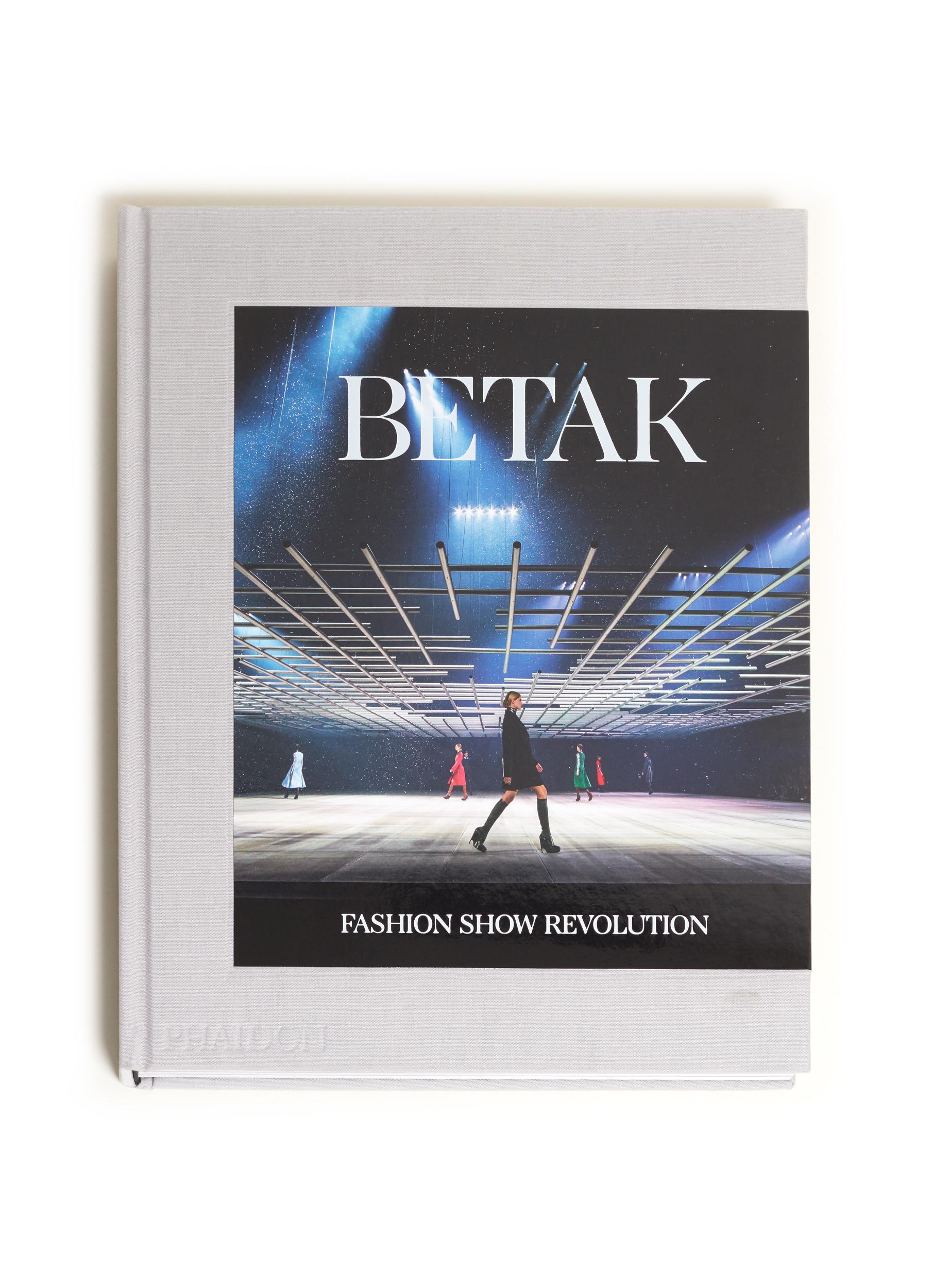 BETAK BOOK PHAIDON - 2018