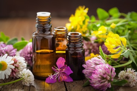 alternative-medicine-aromatherapy-career.jpg