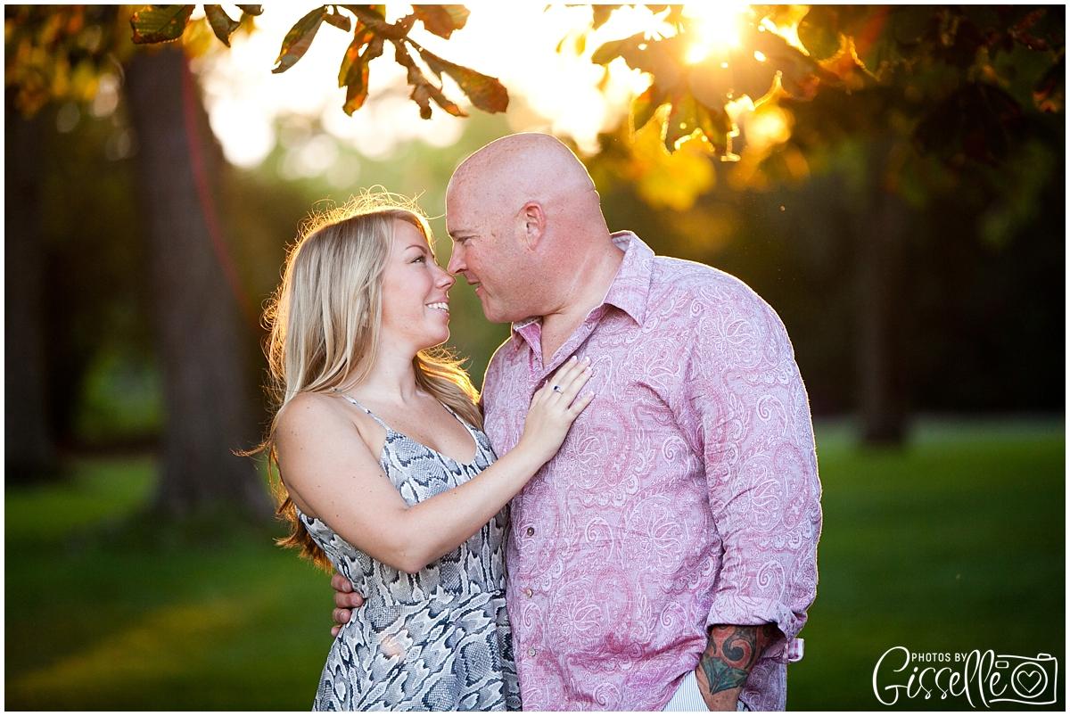 Samantha_Jamie_Cantigny_Park_Engagement_Photos-0401.jpg