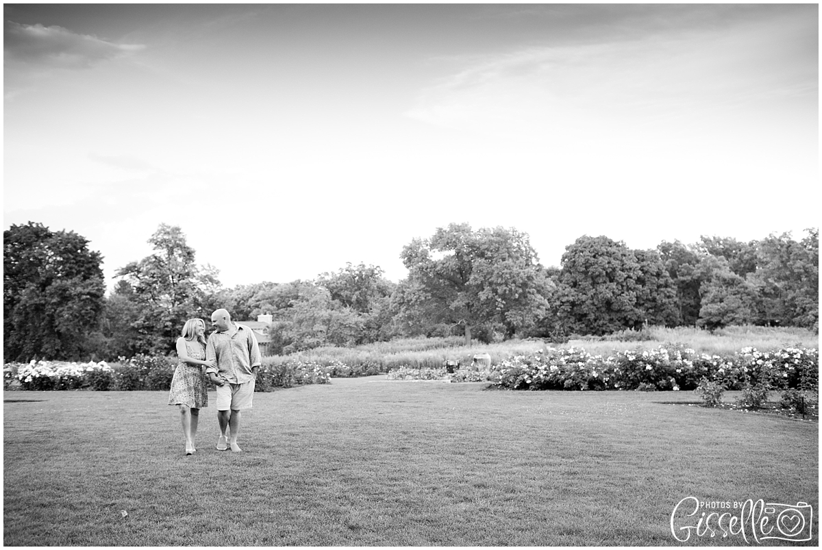 Samantha_Jamie_Cantigny_Park_Engagement_Photos-046.jpg