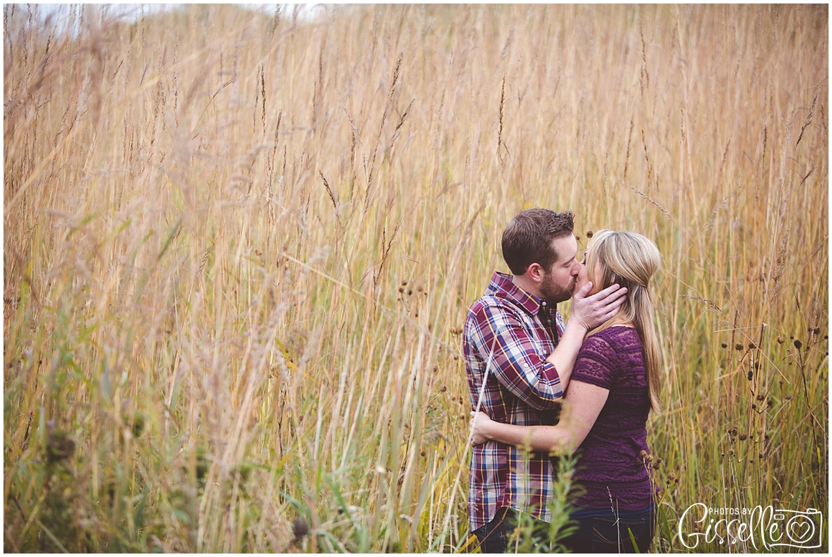 StCharles_Engagement_Photography_Leroy_oakes_0013.jpg
