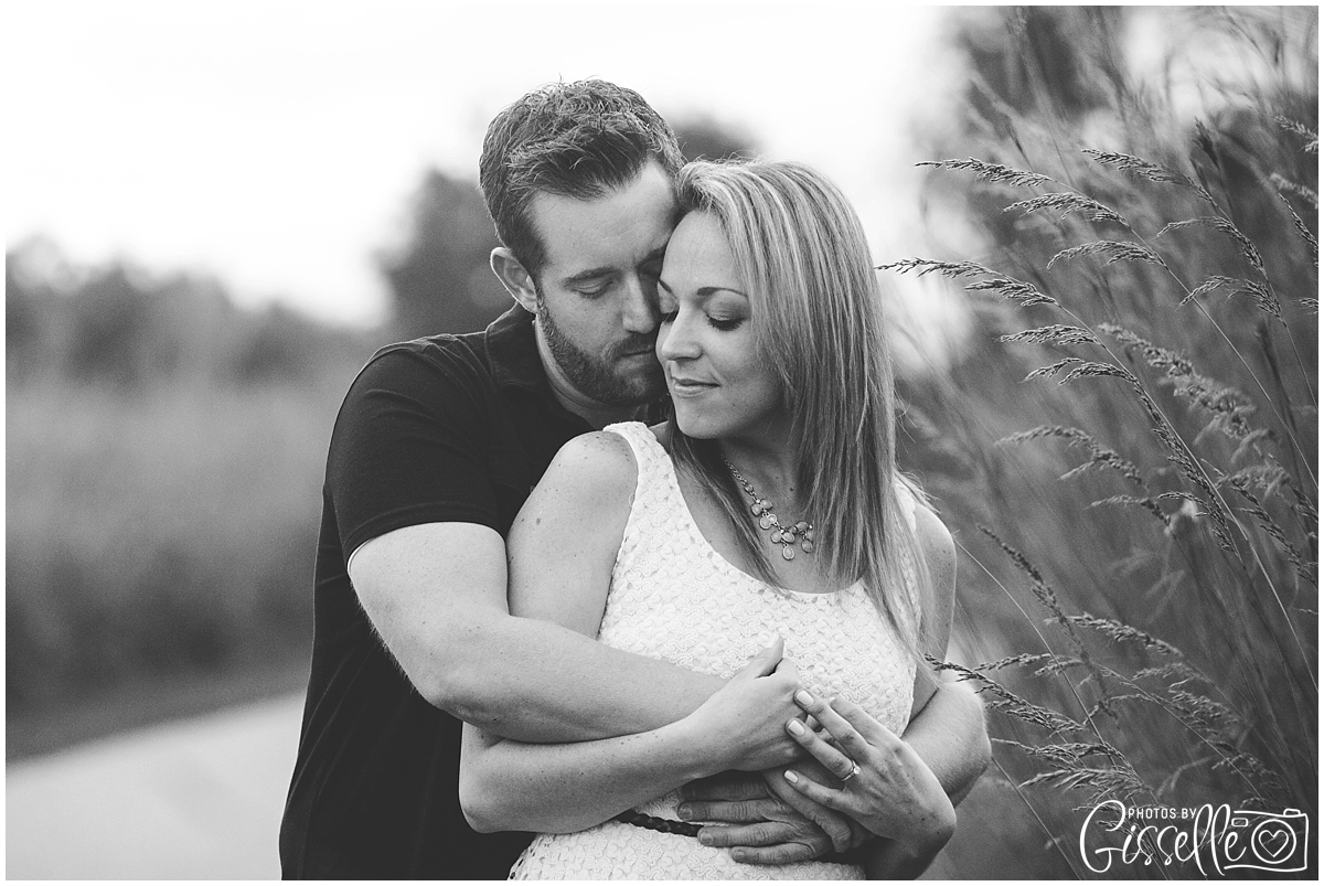 StCharles_Engagement_Photography_Leroy_oakes_0024.jpg