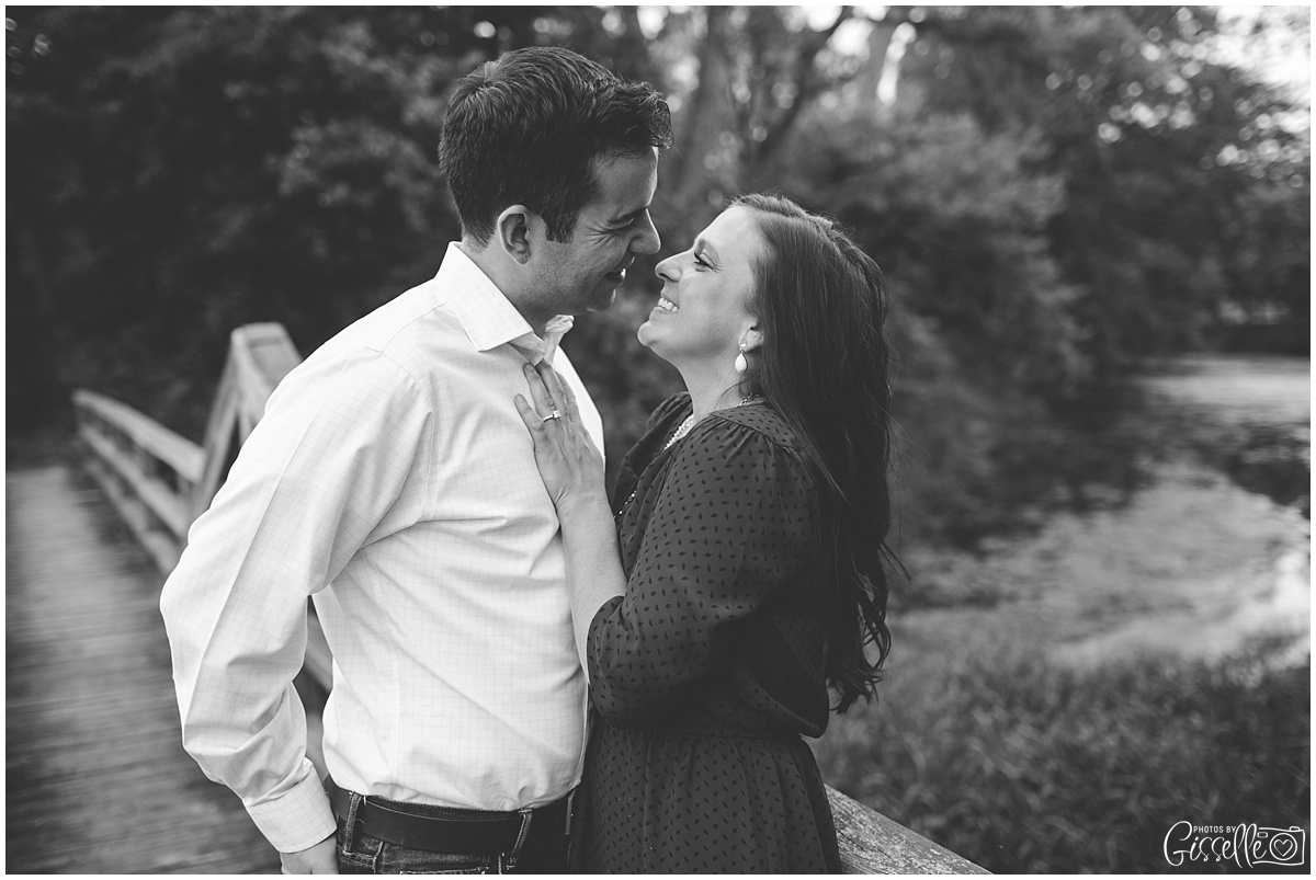 Morton-Arobretum-Engagement-Session-Photos-by-Gisselle010.jpg