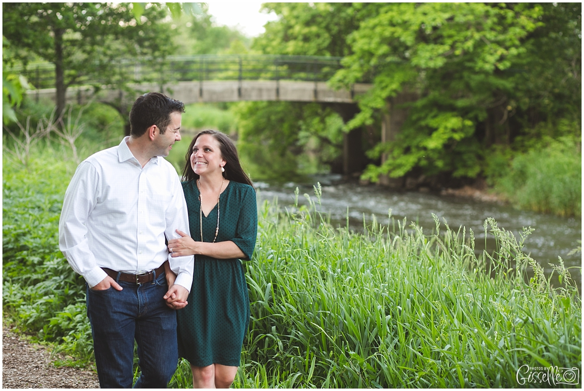 Morton-Arobretum-Engagement-Session-Photos-by-Gisselle011.jpg