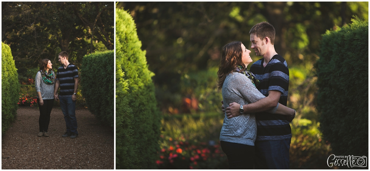 Cantigny-Park-Engagement-Photos_0003.jpg