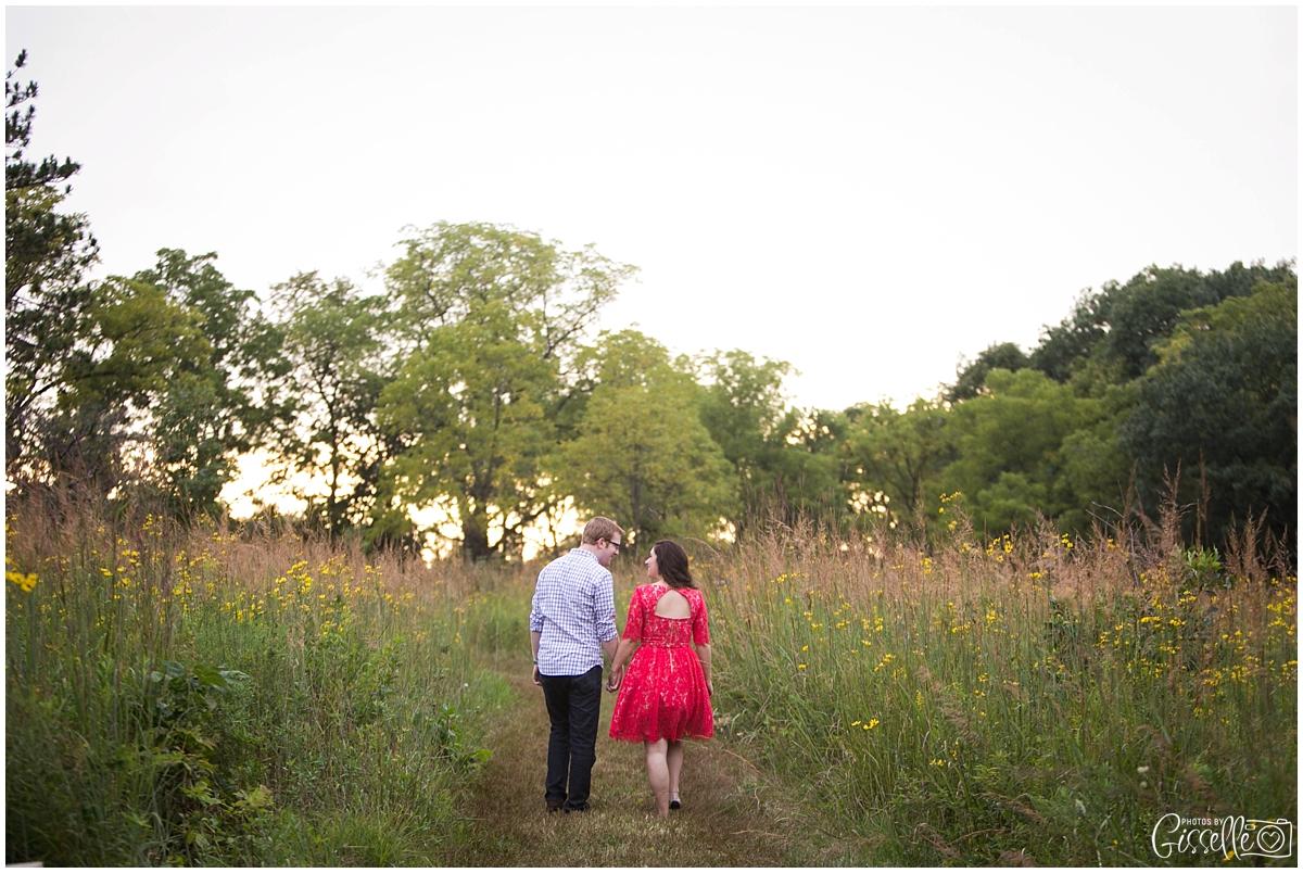 Morton-Arboretum-Engagement-Pictures_0028.jpg