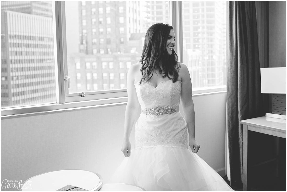 Grand-Wyndham-Chicago-Riverfront-Wedding004.jpg