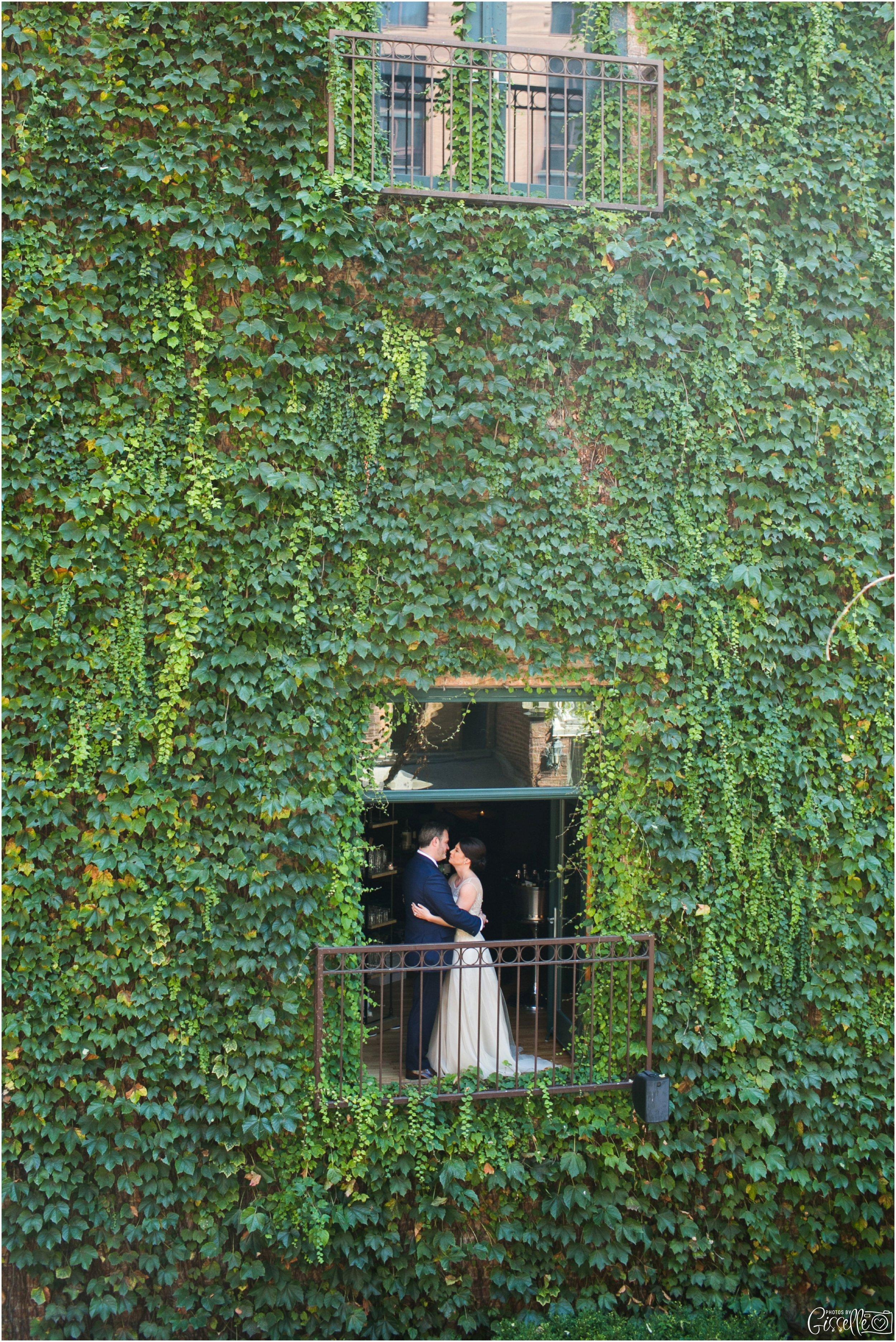 Ivy Room Chicago Wedding_0018.jpg