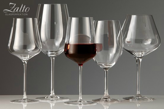 """""""In the same way great music sounds better with great speakers, great wine tastes better in great stemware."""" – Bryan McCaw, Head Wineaux, WineAlign"""