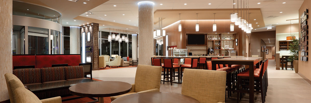 Hyatt-Place-Chicago-South-University-Medical-Center-P022-Gallery-Seating-Area-1280x427.jpg