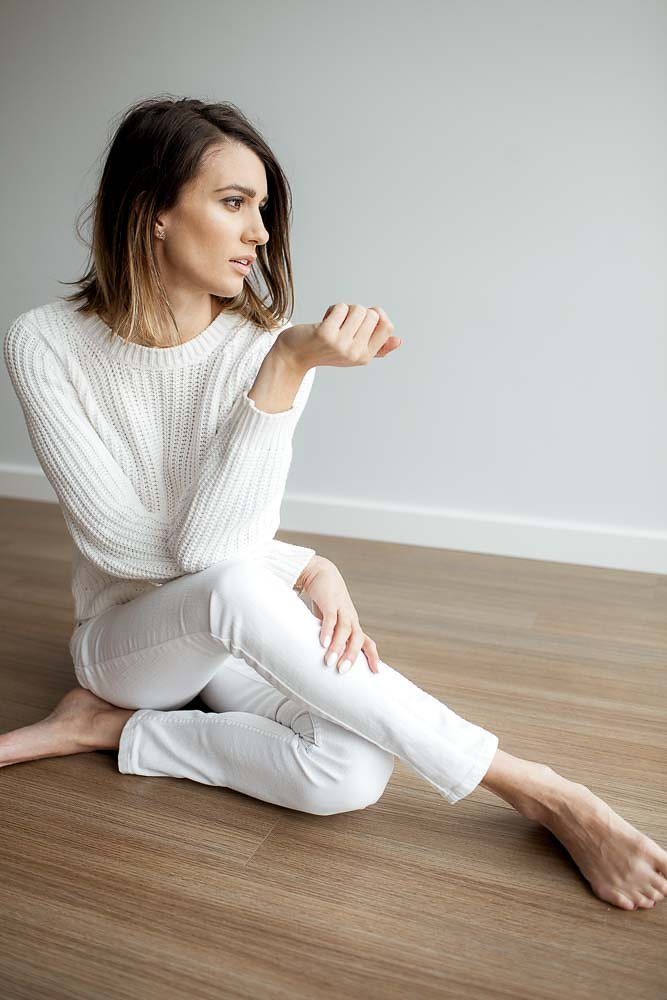 white-cosy-sweater