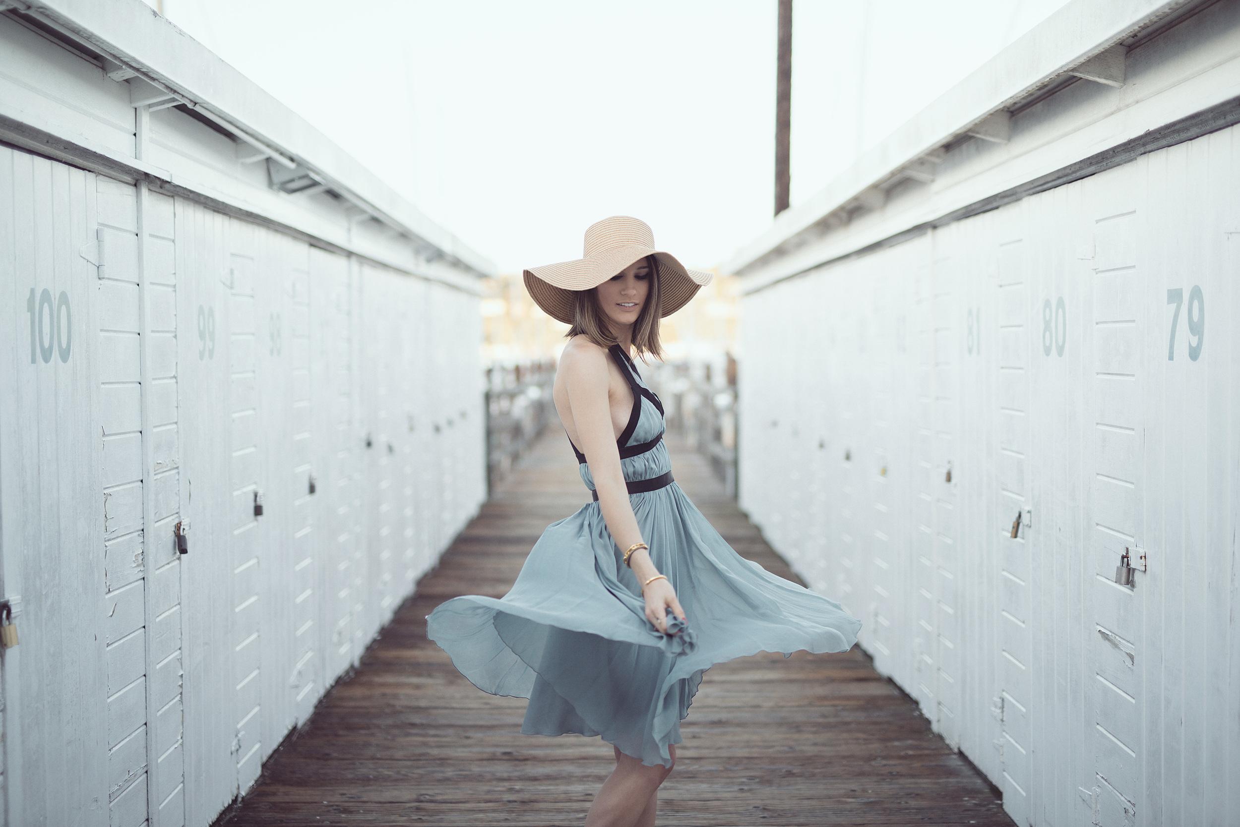 blue_dress_travel_blogger_fashion_elise_gabriel