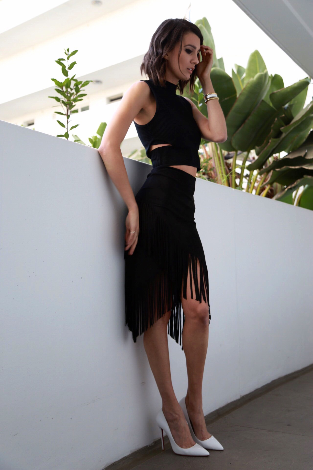 fashion-travel-blogger-black-skirt-outfit-los-angeles
