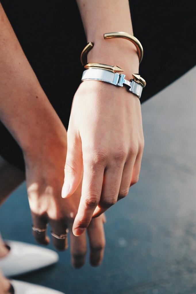 bracelet-hermes-vita-fede-gold-silver-bangle