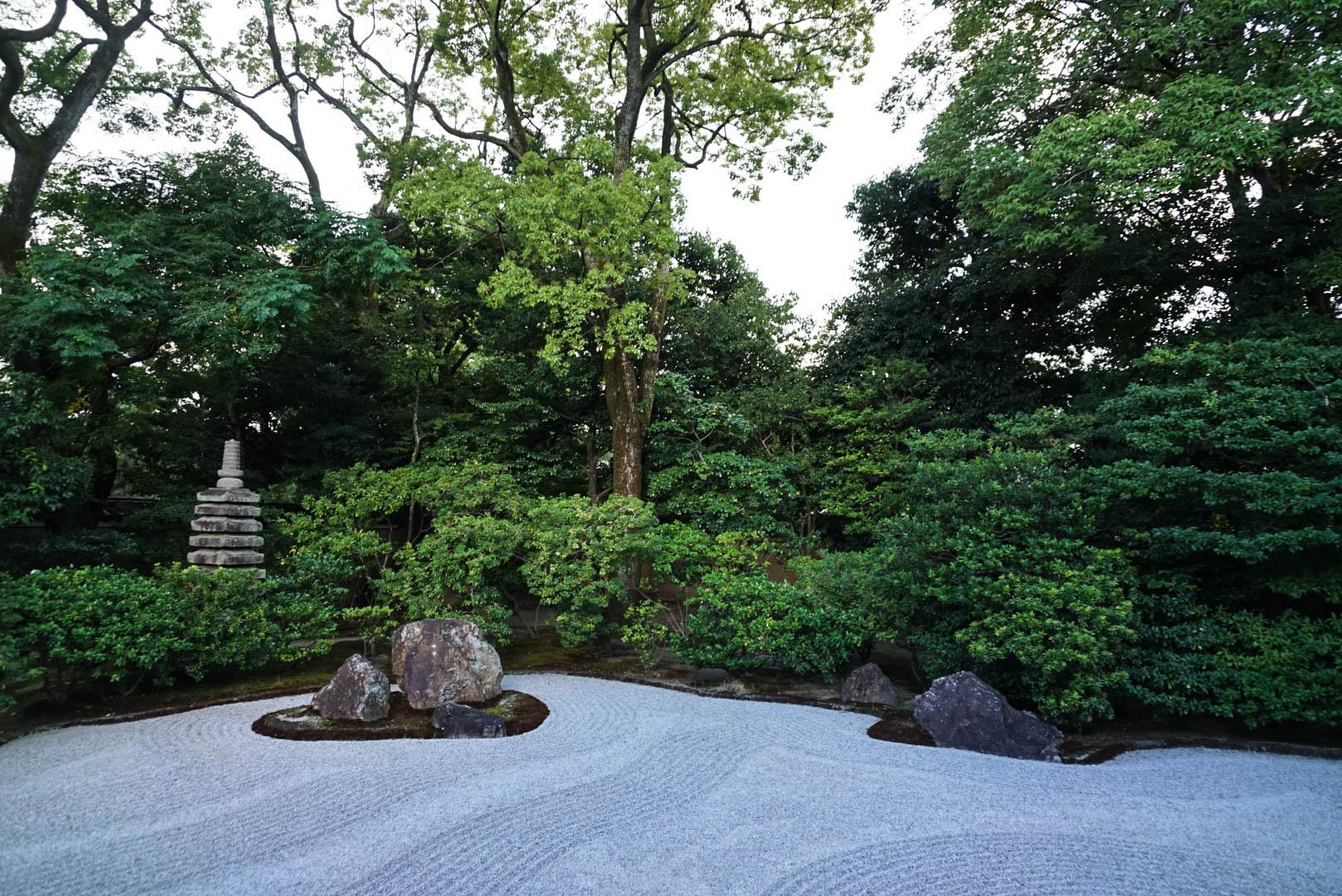 Kyoto_Japan_Shrine_Garden