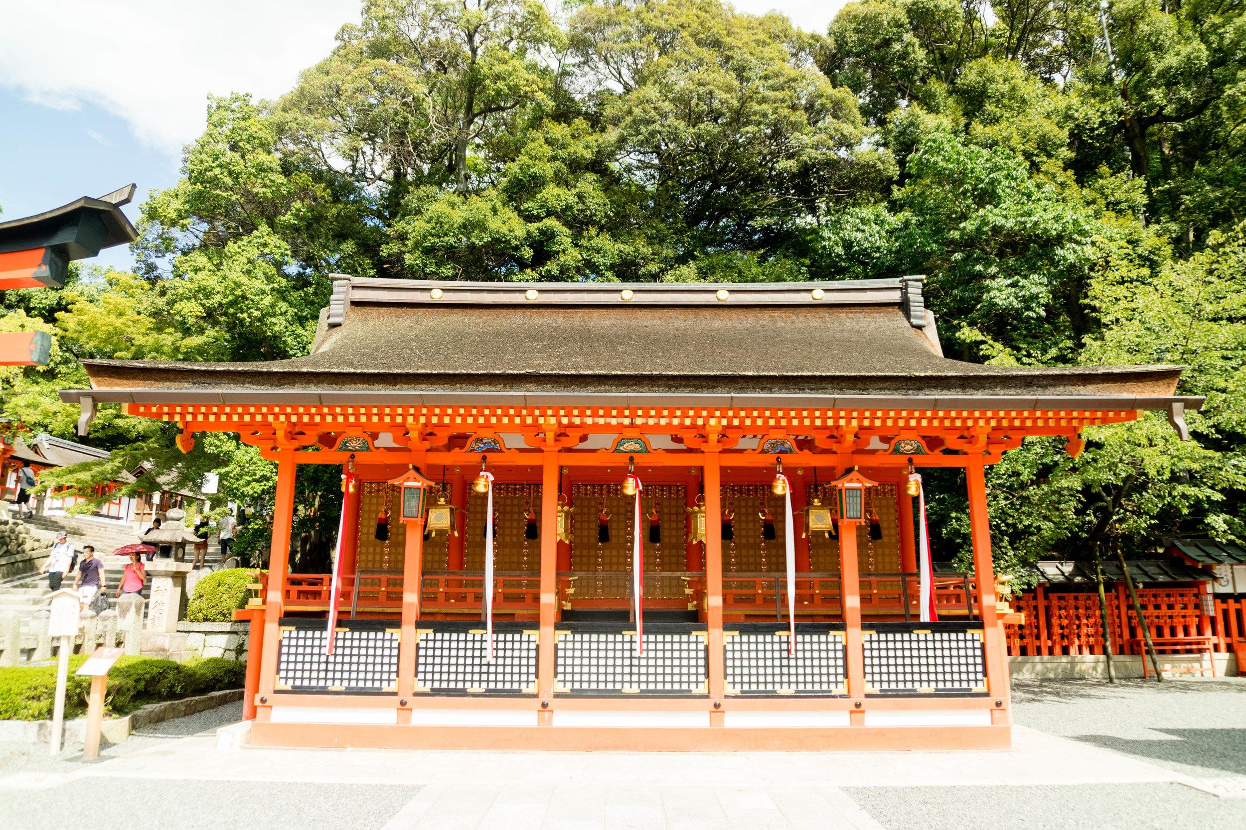 Kyoto_Japan_Fushimi_Inari_Taisha_Orange