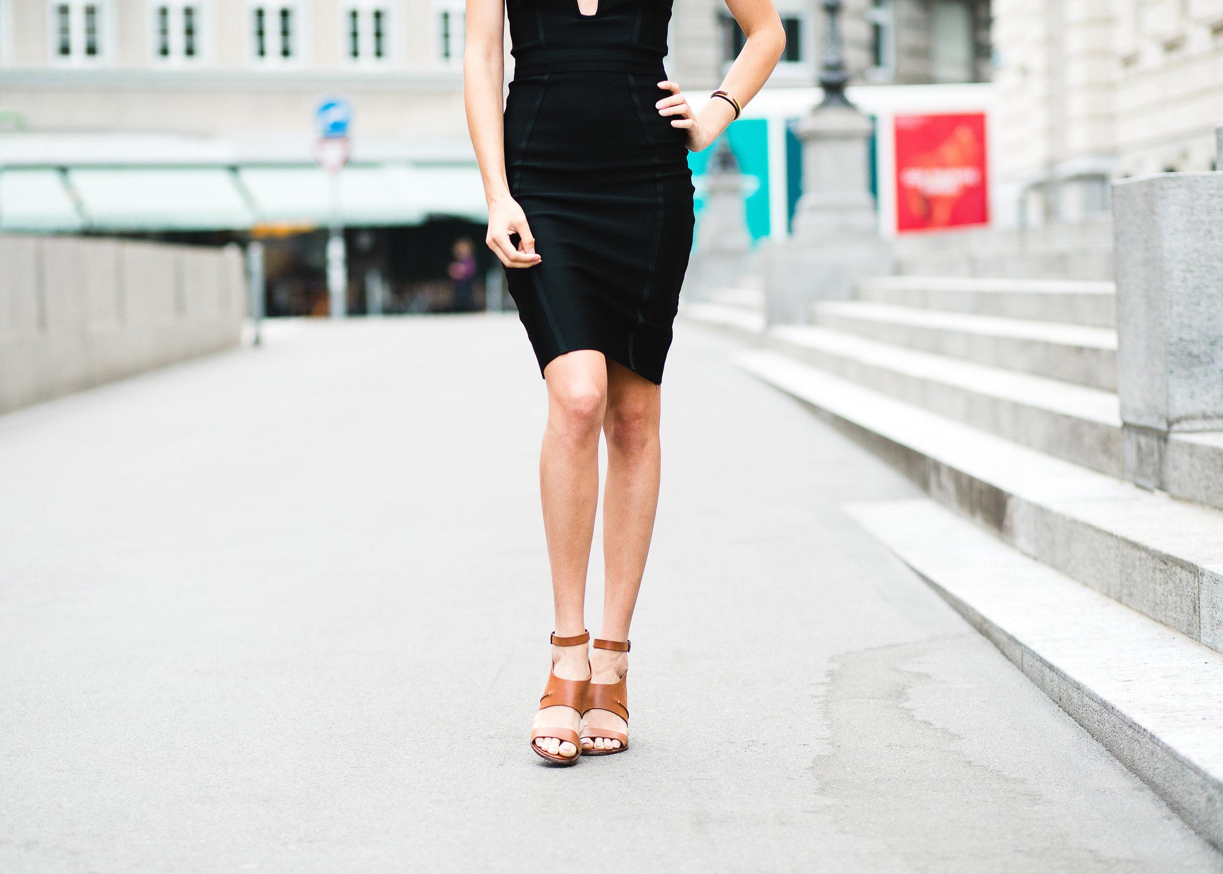Little_Black_Dress_Model_Elise_Gabriel