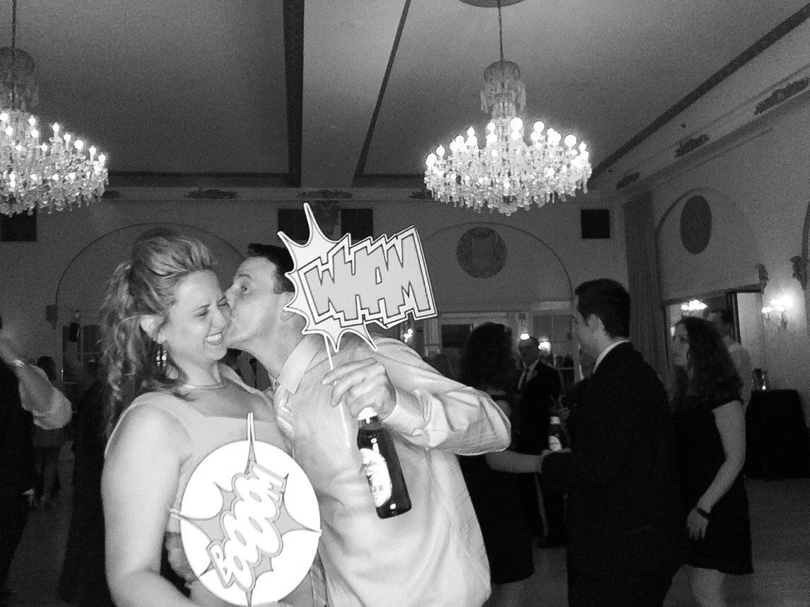 Philadelphia-Wedding-Photographer-Justin-Heyes-Photography-Wedding-Photo-Booth-Flanders-Hotel-Ocean-Ctiy-17.jpg