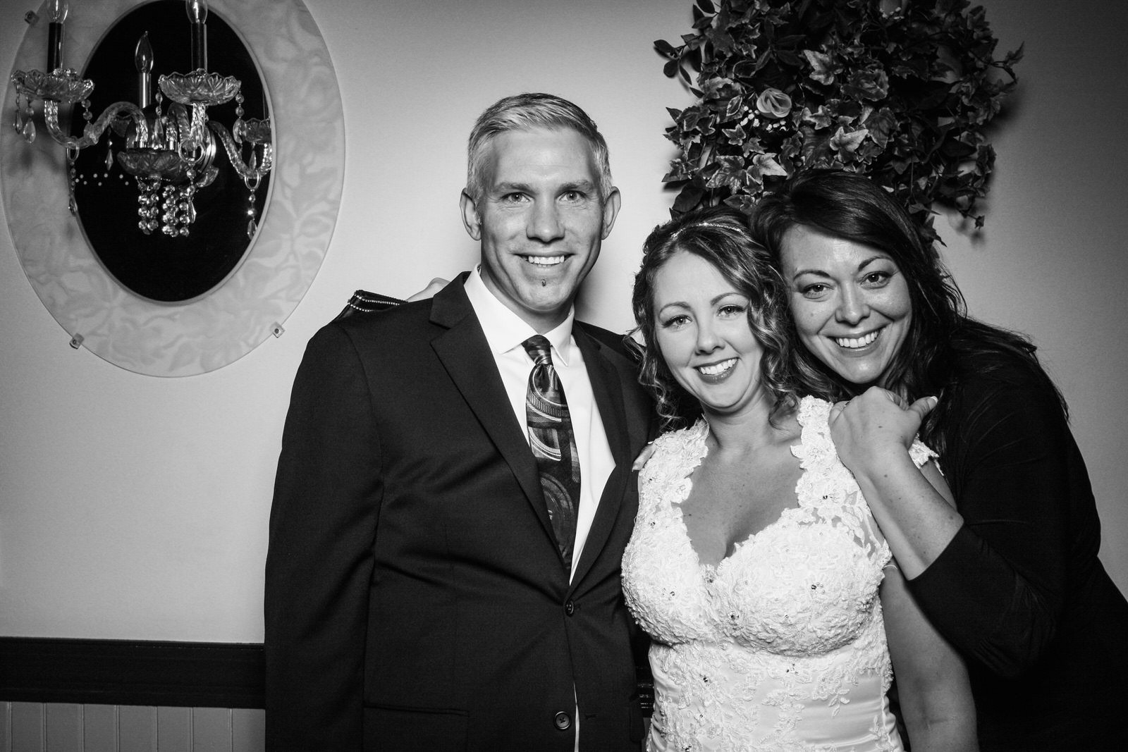 Ryan-Christine-Wedding-Photo-Booth-4.jpg