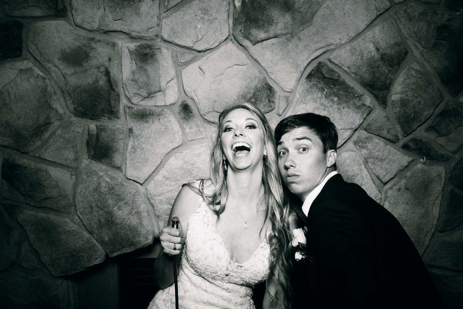 Jeanine-Sean-Wedding-Photo-Booth-9.jpg