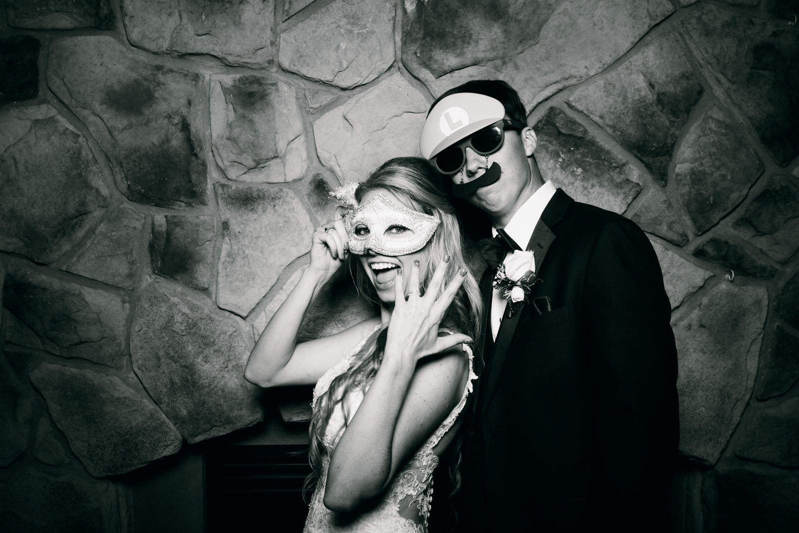 Jeanine-Sean-Wedding-Photo-Booth-10.jpg