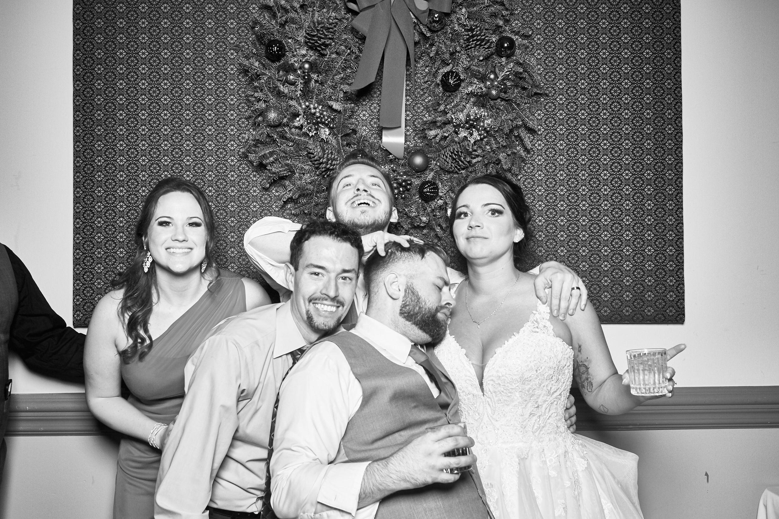 Alexa-James-Wedding-Photo-Booth988.jpg
