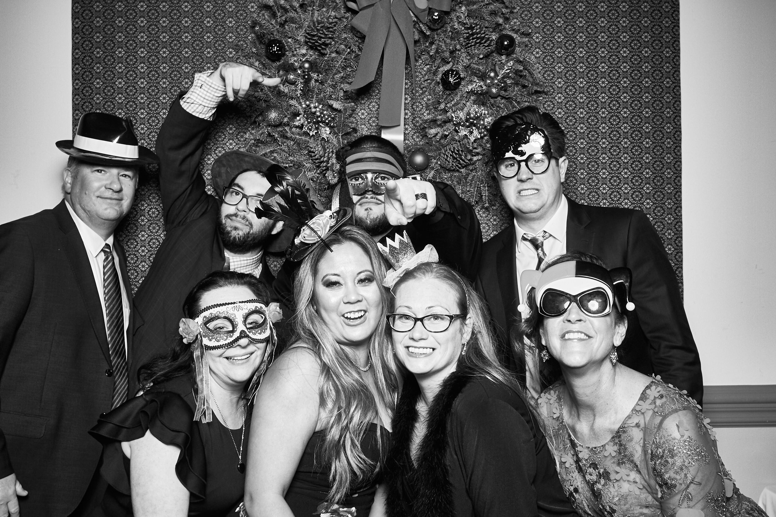Alexa-James-Wedding-Photo-Booth999.jpg