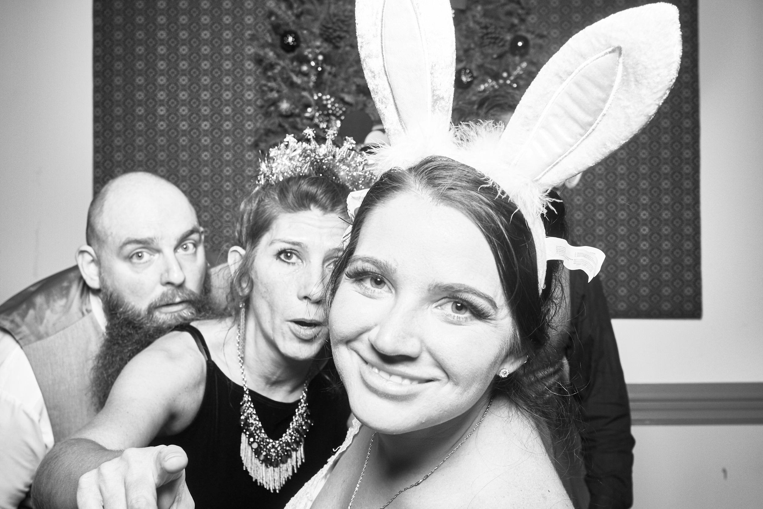 Alexa-James-Wedding-Photo-Booth1003.jpg