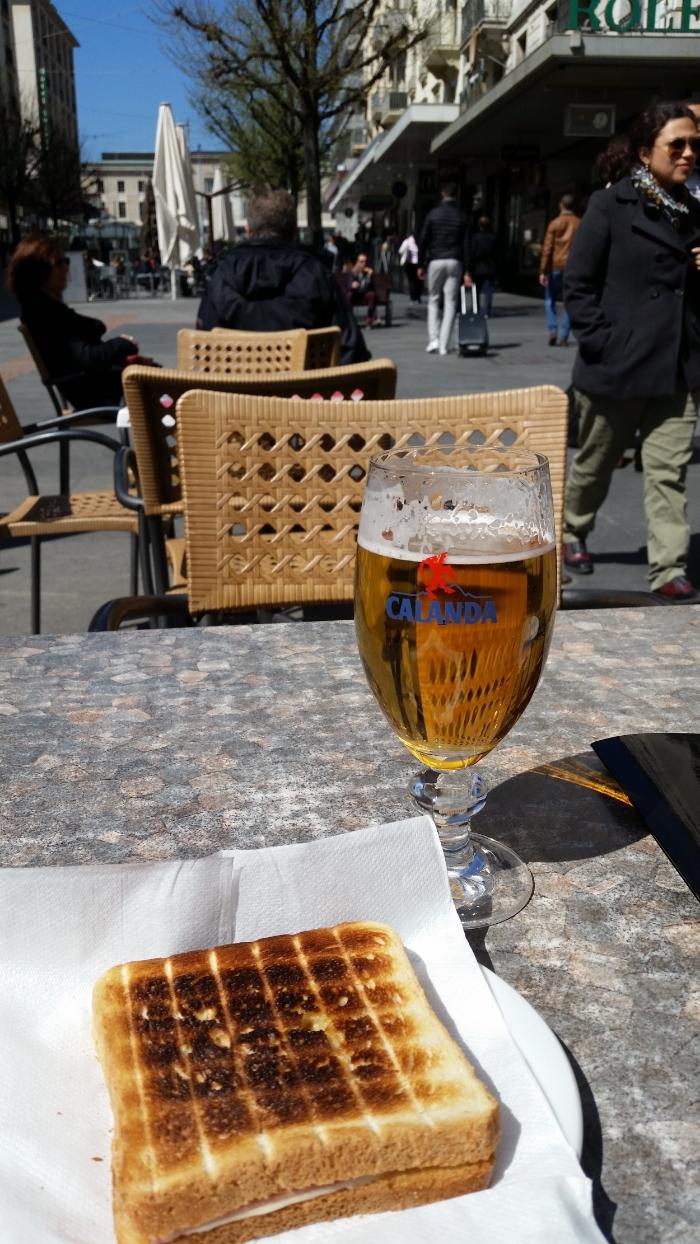 Lunch in Geneva - beer and croque-monsieur