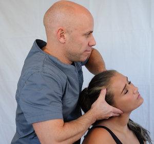 head massage by man .jpg