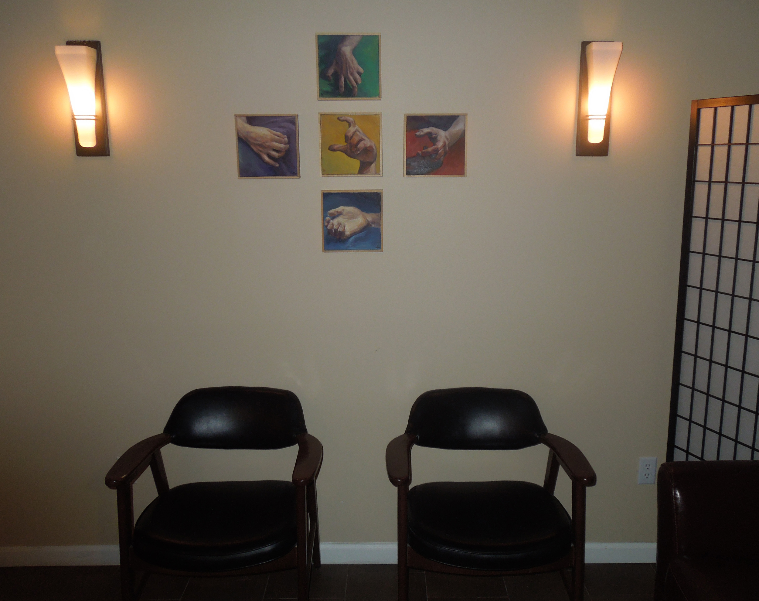 The massage entrance and waiting area.