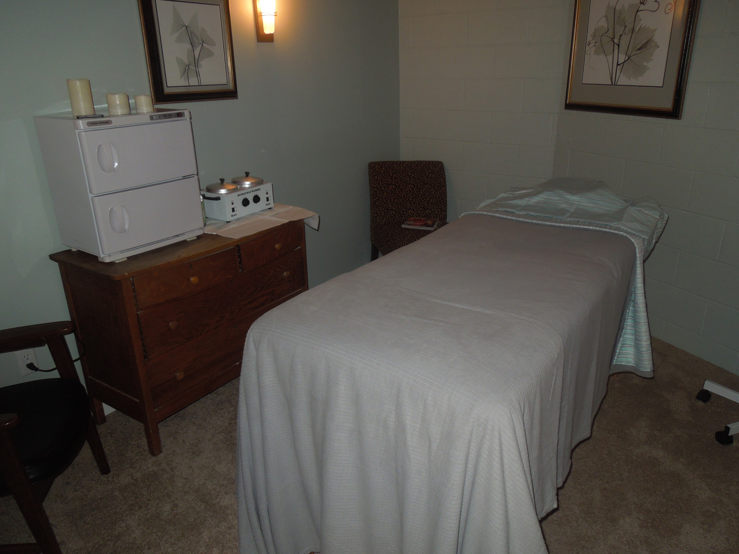 Quiet, clean, and private are what we strive to provide for each of our massage rooms.