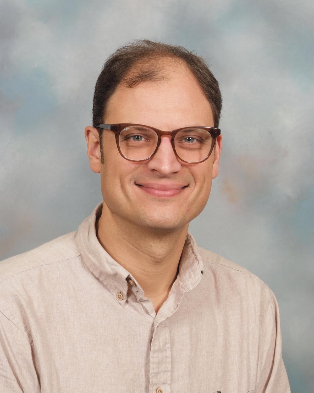 Darian Stout  Teacher & Asst. Director