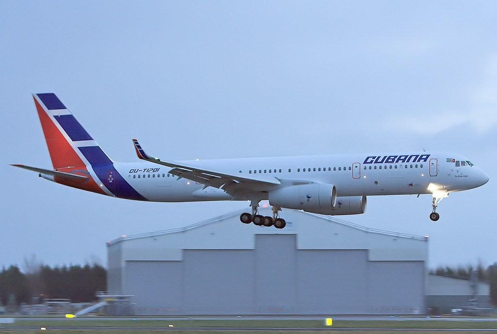 Cubana_TU-204.jpg
