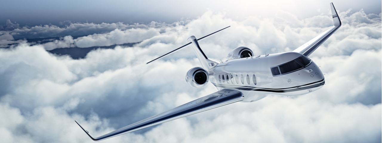 private-jet-flying-over-clouds_tcm61-50053.jpg