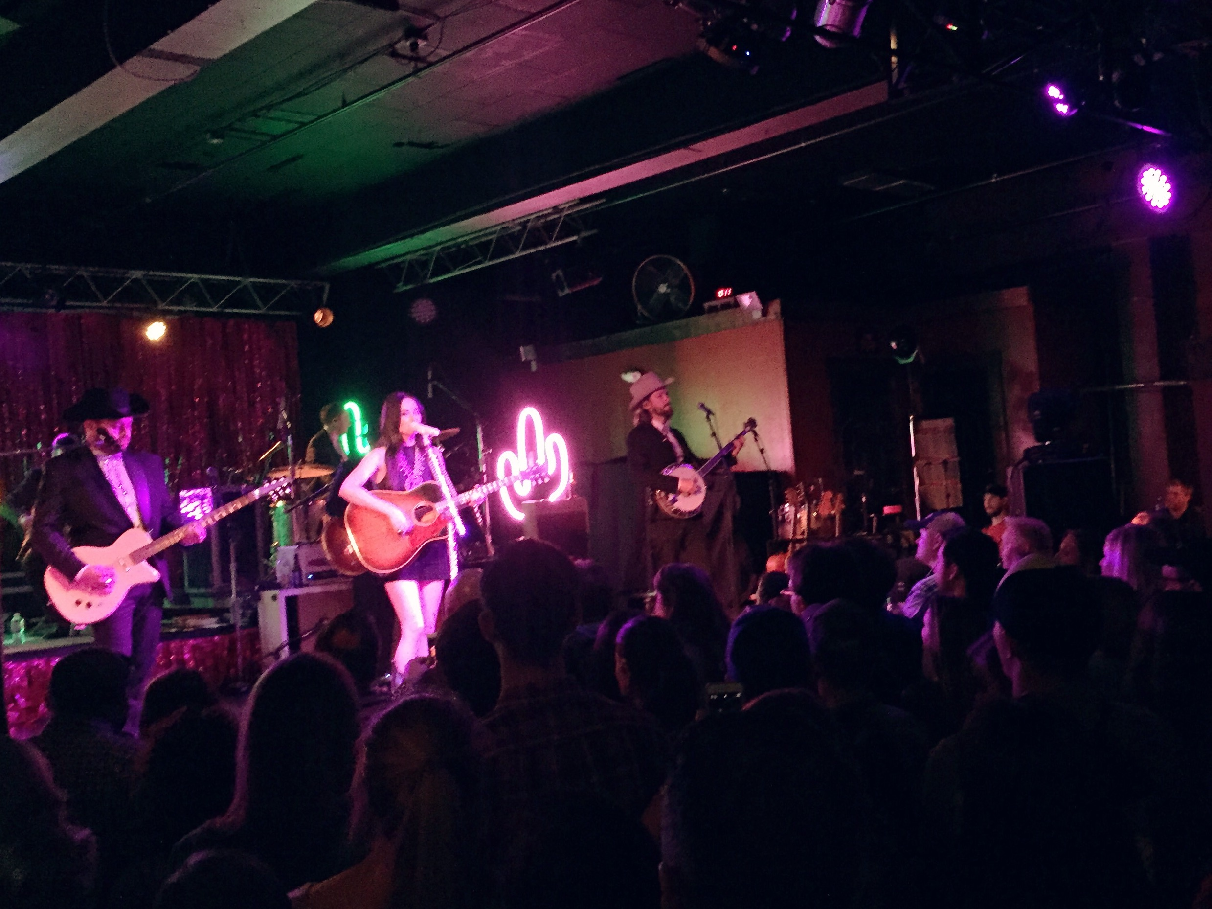 Kasey Musgraves @ Amos SouthEnd in Charlotte, NC (April 15, 2016)