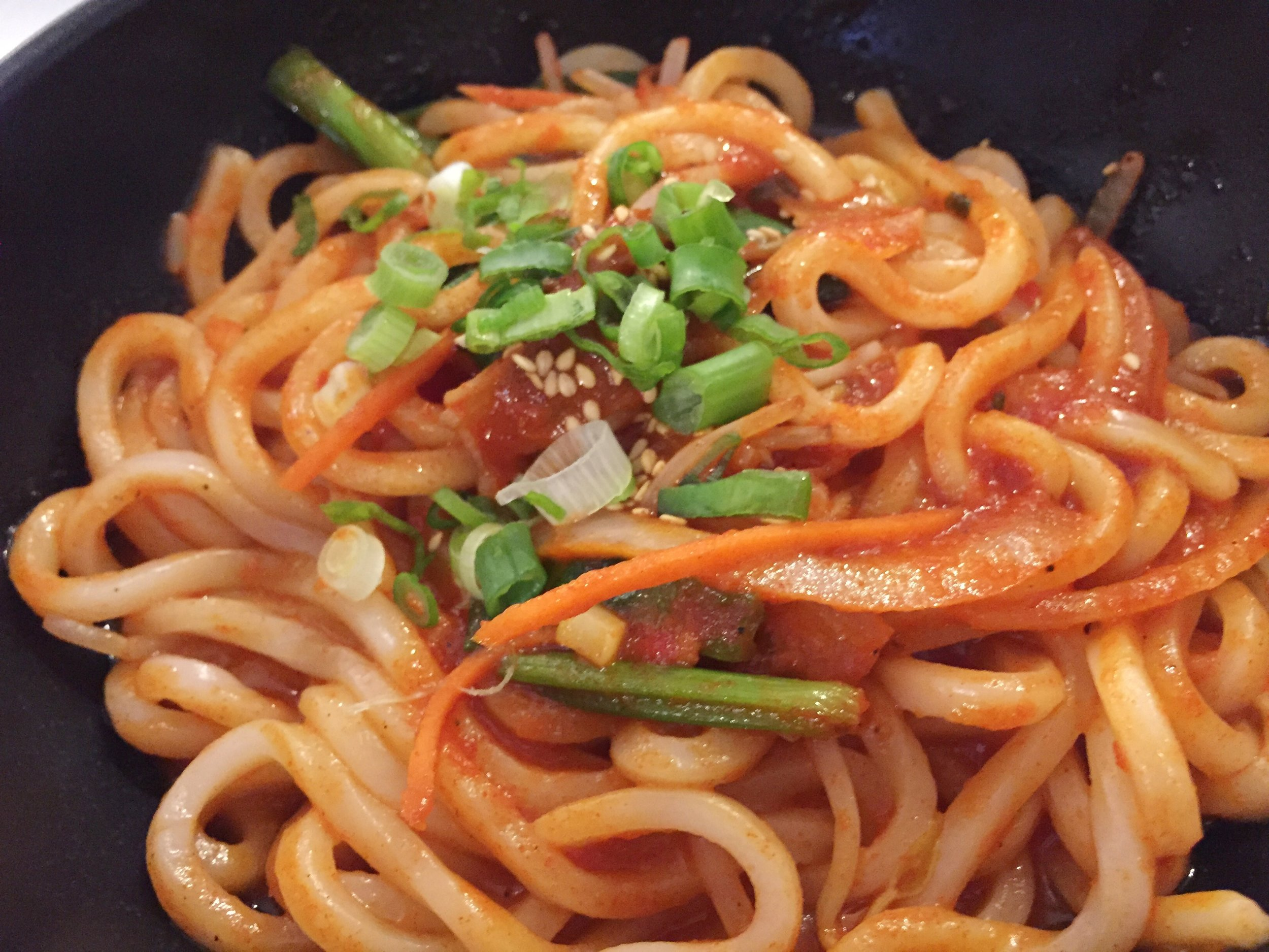 food-gallery-32-koreatown-nyc-kobeque-spicy-noodle