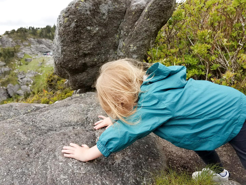 grandfather-mountain-rock-climb-kid