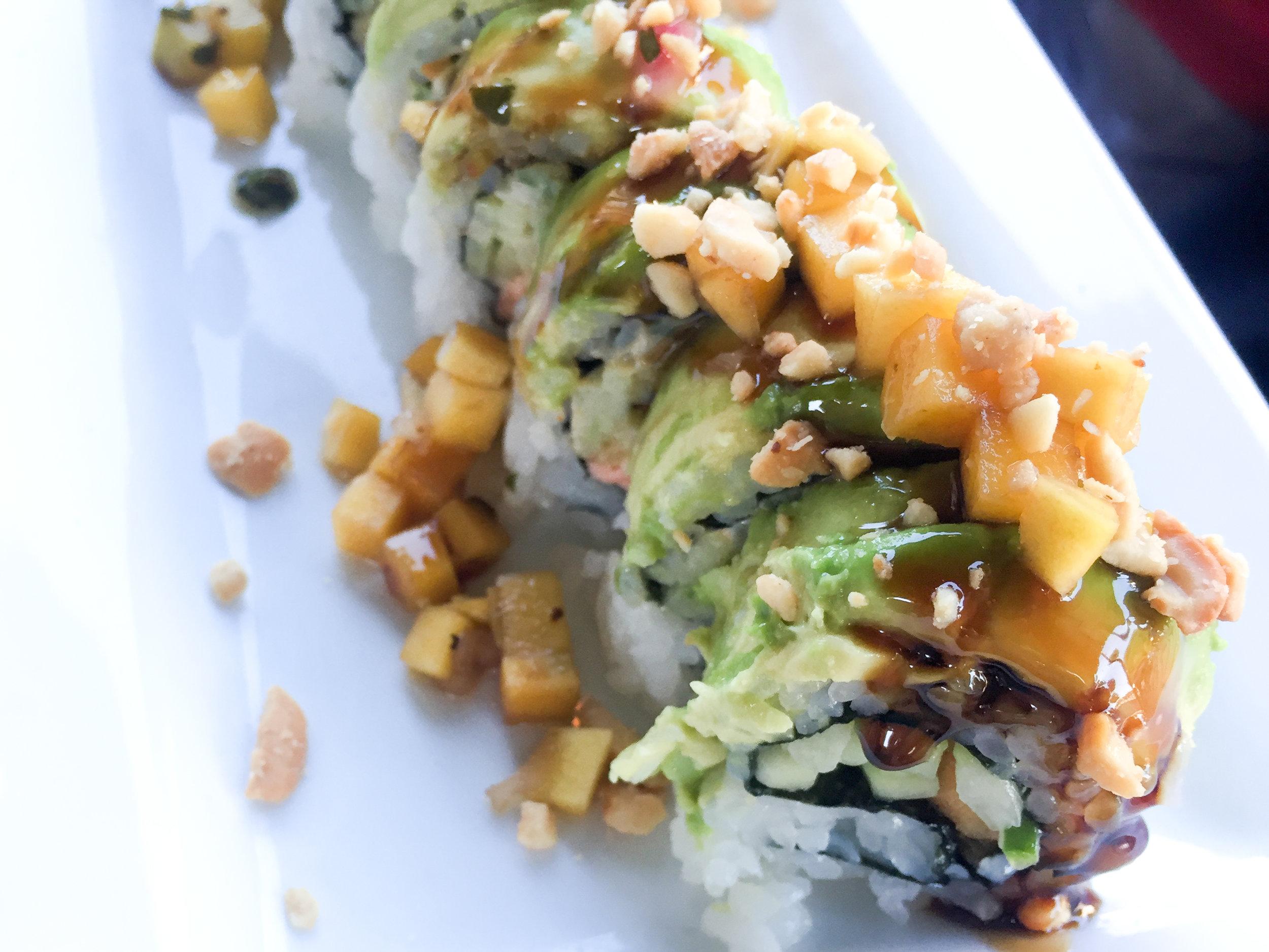 eez-fusion-sushi-huntersville-nc-cash-money-roll